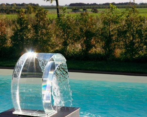 Fontaine piscine transparente plexiglass ou Inox
