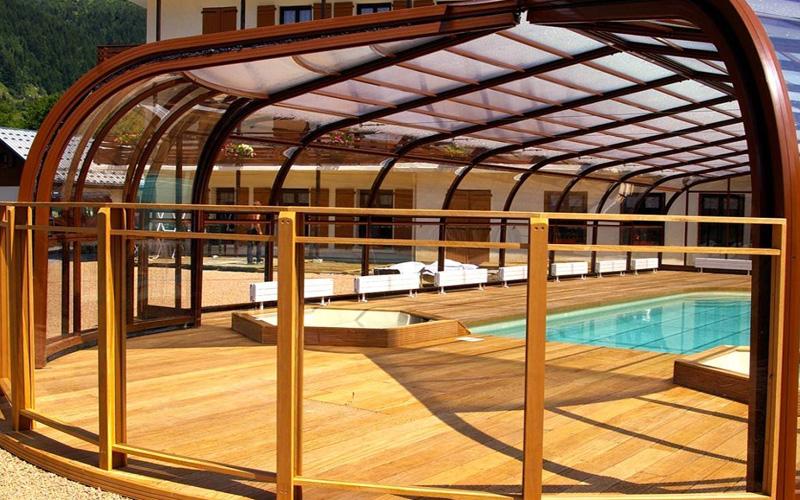 Concepteur installateur abri piscine haut rotonde ouvrable