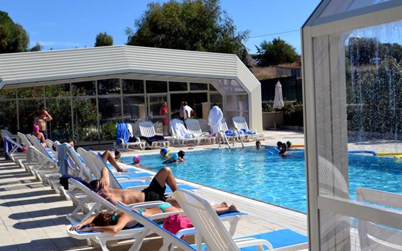 Couverture abri piscine haut télescopique 5 pans ouvrables
