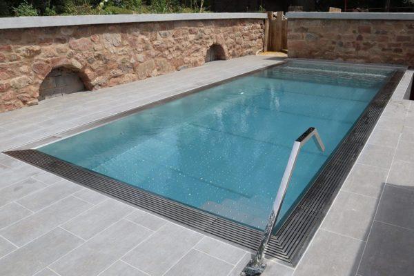 Fabricant piscine coque Inox design moderne Lille Arras Le touquet