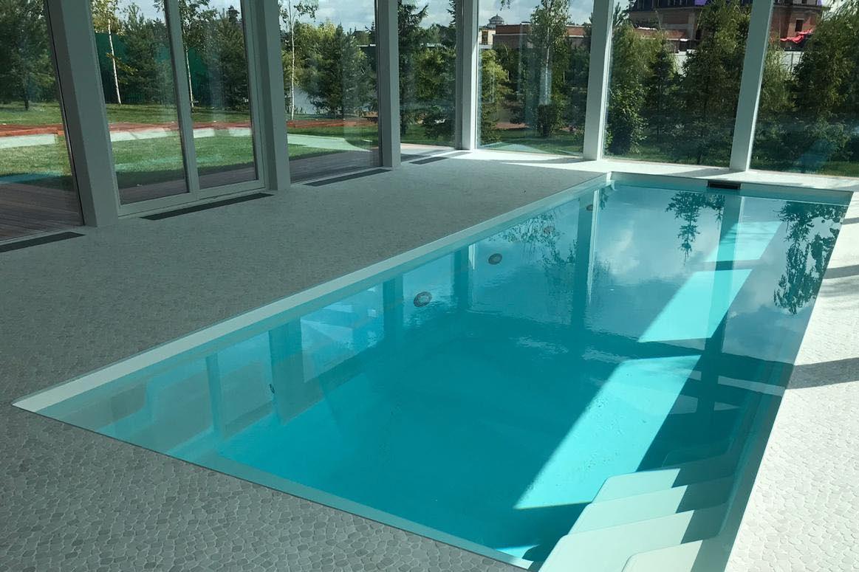 Construction de piscine intérieure